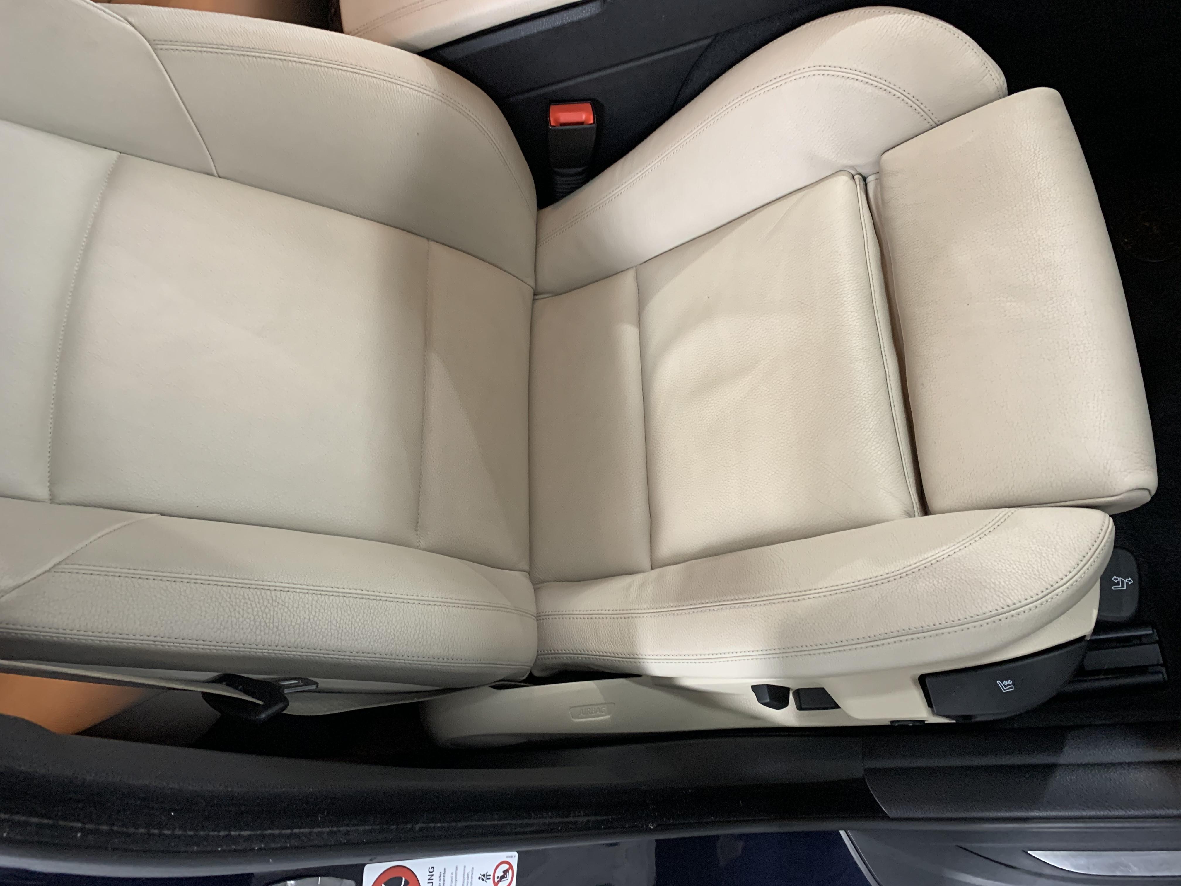BMW F10 pasažiera sēdeklis pēc salona ķīmiskās tīrīšanas